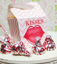 kiss_candy_box_400